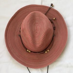 Sun Day Afternoons shapeable brim sunhat, red/pink